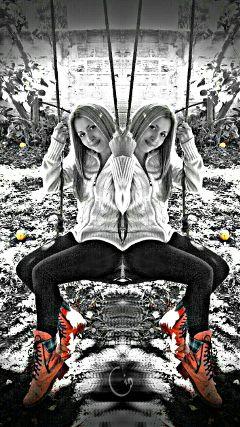 mirror color splash selfie