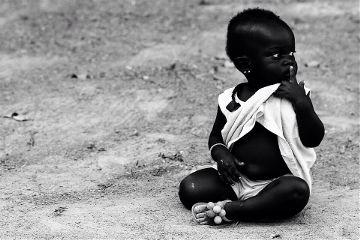 people emotions photography travel child black & white